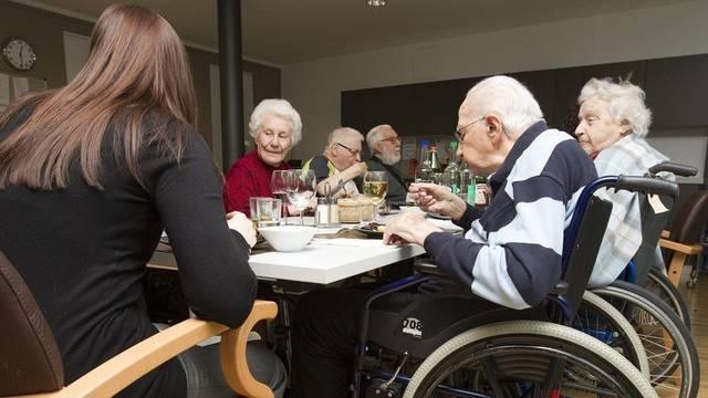 Der Schweizer Innovationspreis zum Wohnen im Alter ist mit 250'000 Franken dotiert. (Symbolbild)