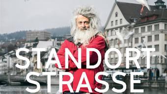 Die fotographischen Portraits in «Standort Strasse» zeigen jeden Menschen an einem Ort, der ihm viel bedeutet.