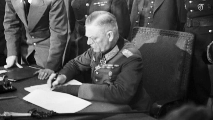 Am 8. Mai 1945 endete der Zweite Weltkrieg mit der Unterzeichnung der bedingungslosen Kapitulation durch die Wehrmacht.