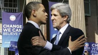 Kennen sich sehr gut: Barack Obama (l) und John Kerry (Archiv)