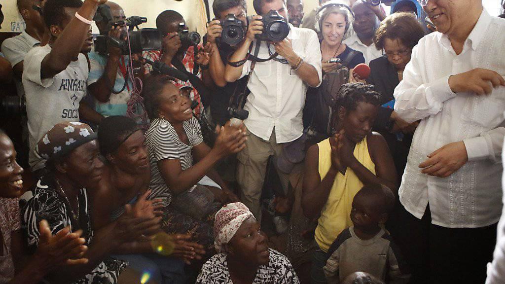 Ban Ki Moon besucht Hurrikan-Gebiete