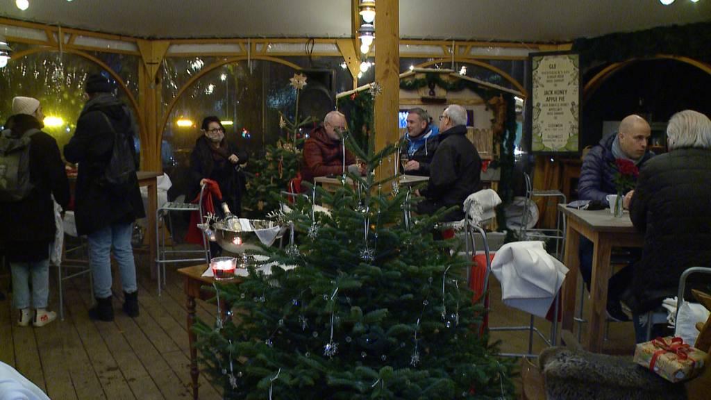 Erster Zürcher Weihnachtsmarkt eröffnet