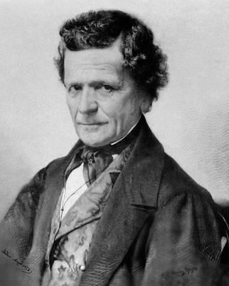Franscini war Lehrer, er verfasste das Werk «Svizzera Italiana» mit einem Reformprogramm für das Tessin. Er war nur wenig populär und verstarb 1857 im Amt.