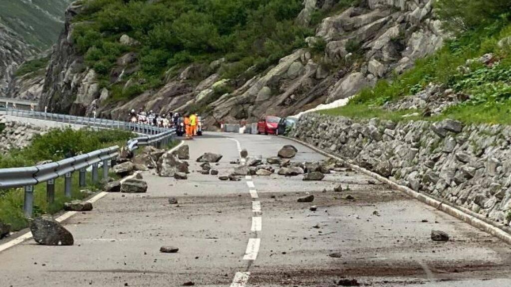 Gotthardpassstrasse ab Nachmittag wieder normal befahrbar