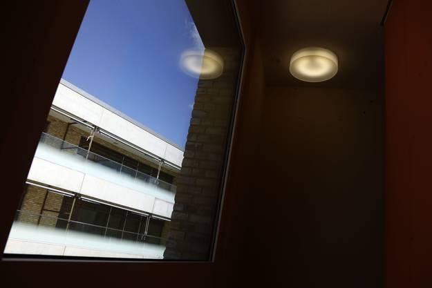 Blick aus einem Treppenhaus