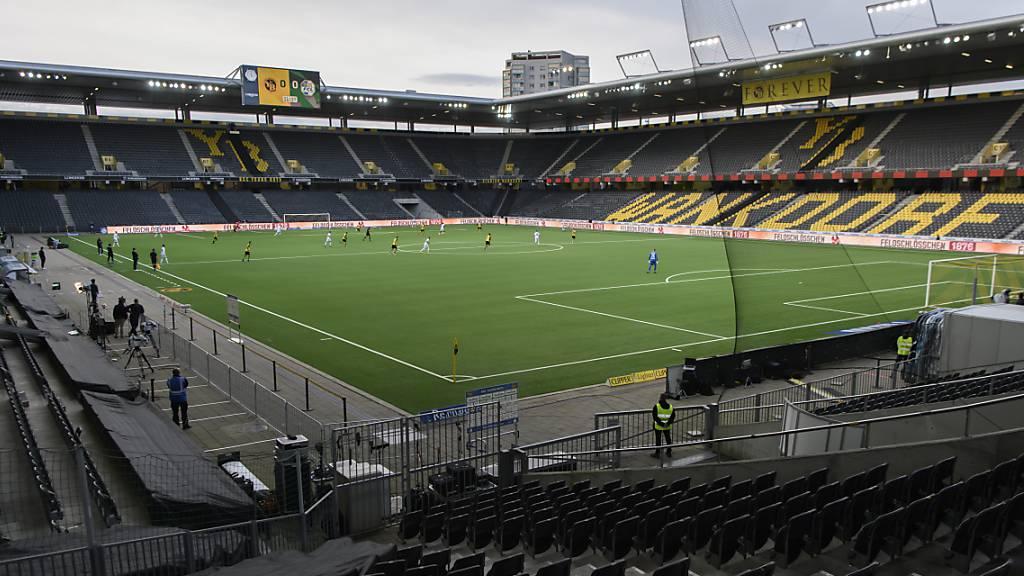 Das leere Wankdorf während des Spiels zwischen den Young Boys und Luzern am Sonntag - an Geisterspiele werden sich die Fussballer der Super League vorerst (wieder) in allen Stadien gewöhnen müssen