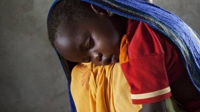Gerade Frauen und Kinder sind häufig Leidtragende im Darfur-Konflikt (Archiv)