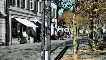 Am Aarauer Graben zum Beispiel kann man bei günstiger Witterung auch im November unter freiem Himmel einkehren.