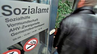 Sozialhilfebezüger aus Sisseln müssen ab Februar nach Laufenburg auf das Amt des Regionalen Sozialdienstes. (Symbolbild)