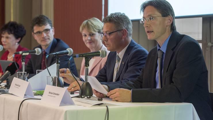 """Luterbachs Gemeindepräsident Michael Ochsenbein (rechts): """"Für das Attisholz-Areal beginnt eine neue Ära."""""""