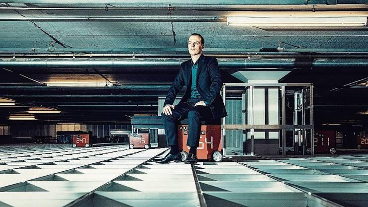Roland Bracks Online-Imperium wächst.