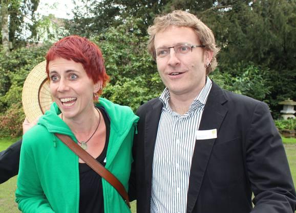 Der jüngste Wohler Gemeinderat Arsène Perroud mit Partnerin Akoja