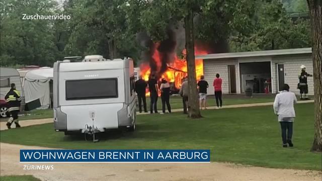 Wohnwagen-Brand auf Zeltplatz in Aarburg