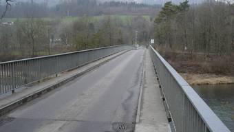 Kaum Platz für Fussgänger und Velofahrer: Die Brücke zwischen Auenstein und Rupperswil.