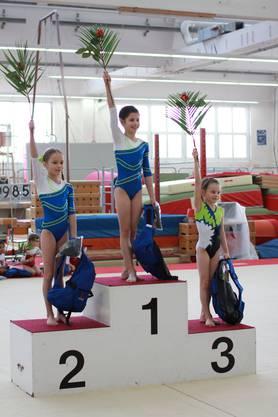 Corina Erdin (r.) erreicht den 3. Rang im P1.