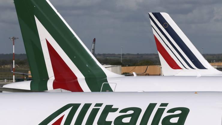 Wegen eines Pilotenstreiks bei Alitalia sind am Donnerstag viele Flüge gestrichen worden. Auch der Flughafen Zürich ist betroffen. (Archiv)