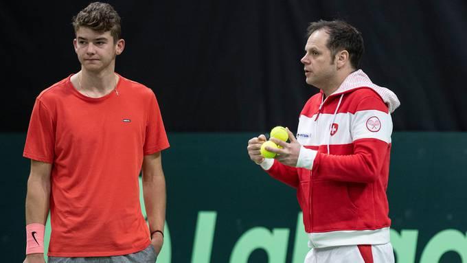 Wohin führt sein Weg? Jérôme Kym mit Federer-Trainer Severin Lüthi.