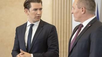 Der österreichische Bundeskanzler Sebastian Kurz informierte zusammen mit Verteidigungsminister Mario Kunasek in Wien über die Spionageaffäre.