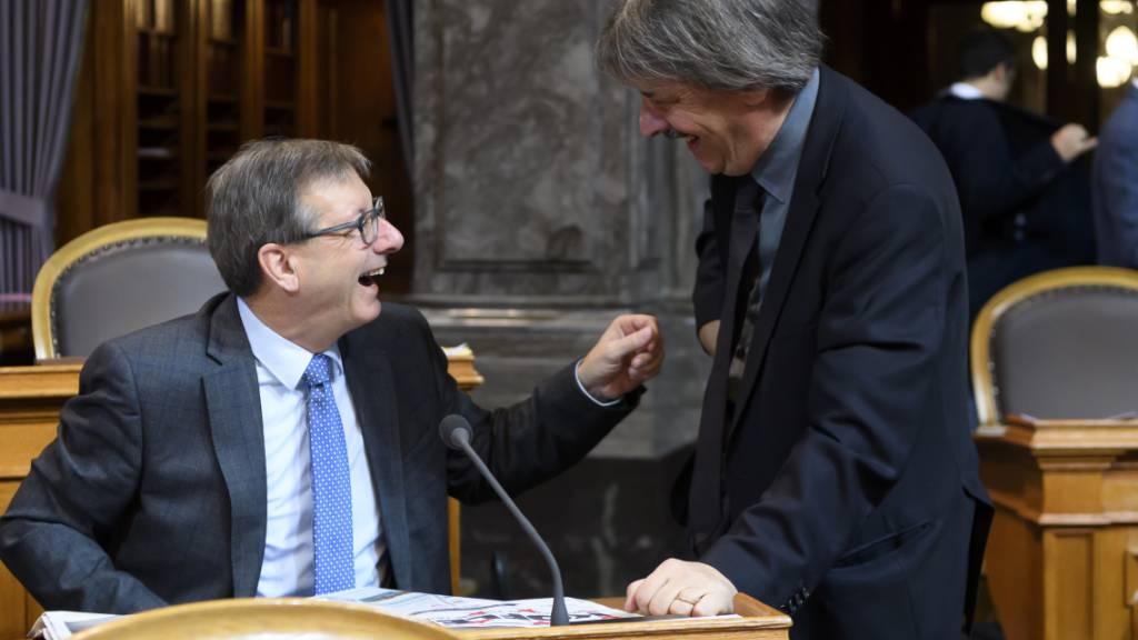 Josef Dittli (FDP/UR) (links) und Paul Rechsteiner (SP/SG) während der Budgetdebatte im Ständerat.