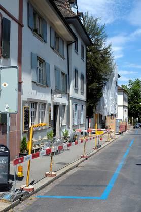 Baustelle auf der blauen Zone am Petersgraben Höhe Café Hebel.