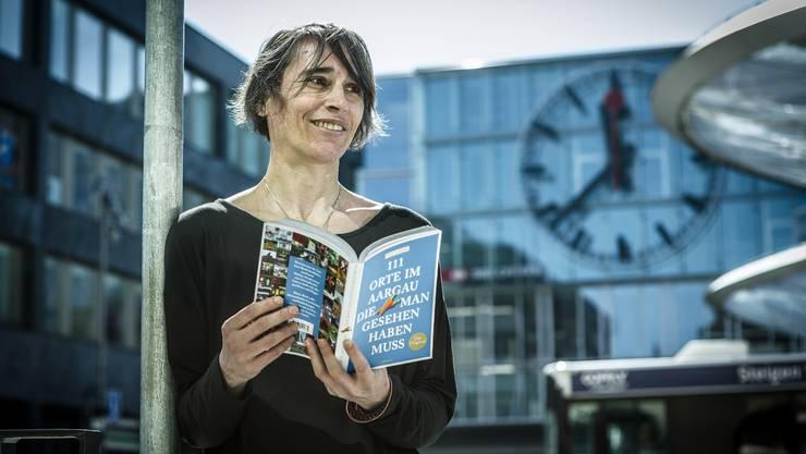 Ursula Kahi, Autorin des Buchs 111 Orte im Aargau, die man gesehen haben muss.