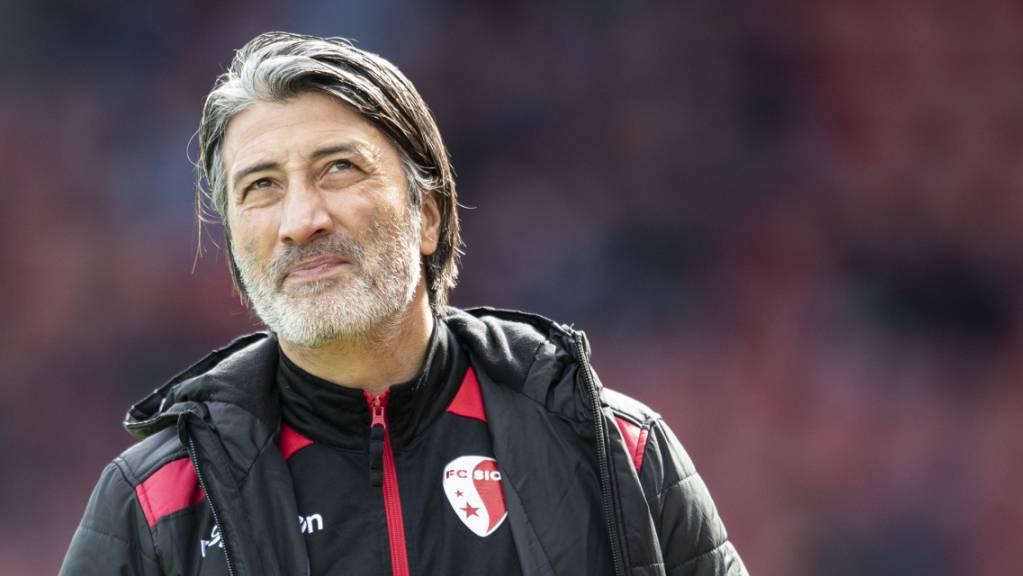 Trainer Murat Yakin musste mit Schaffhausen die erste NIederlage hinnehmen.