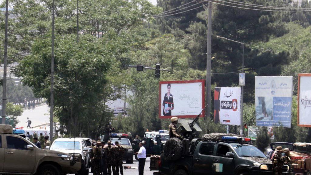 In der afghanischen Hauptstadt Kabul wurde ein Selbstmordanschlag auf ein Treffen von Religionsführern verübt.