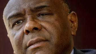 Der ehemalige kongolesischen Warlord Jean-Pierre Bemba ist wegen Verfahrensfehlern vom Weltstrafgericht freigesprochen worden. Nun fordert er eine Entschädigung in Millionenhöhe für seine Haftzeit. (Archivbild)