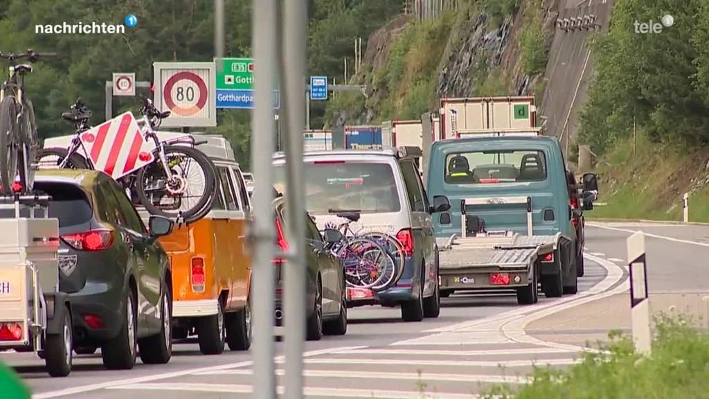 Geduldsprobe am Gotthard zum Ferienstart