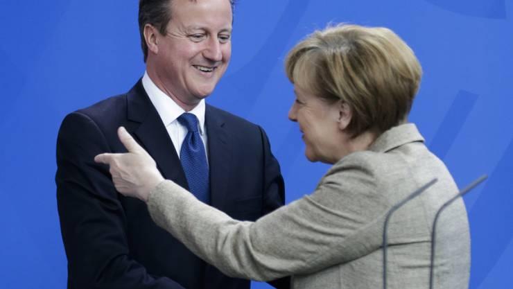 Wo ein Wille ist, ist auch ein Weg: Cameron (links) zu Besuch bei Merkel