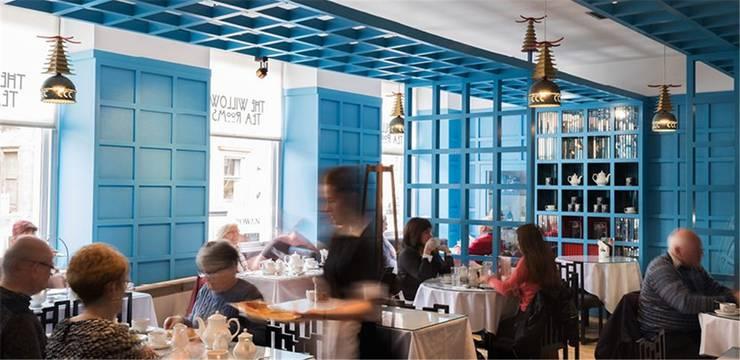 Die Willow Tearooms in der City, gestaltet von C. R. Mackintosh.