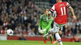 Mesut Özil spielte stark und erzielt hier das 2:0