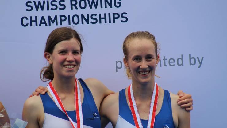 Derweil sichern sich Adriana Wälti und Seraina Rodewald bei den Frauen die Bronzemedaille.