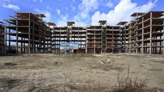 Bau vorläufig unterbrochen: Hausruine nahe Madrid