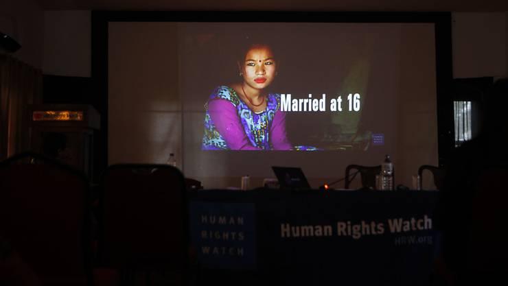 Weltweit wird alle sieben Sekunden ein Mädchen unter 15 Jahren verheiratet. (Symbolbild)
