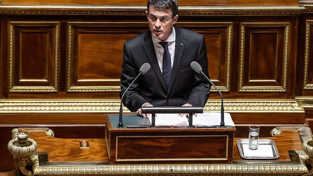 «Schluss mit Europa»: Frankreichs Ministerpräsident Manuel Valls fordert Aufnahmestopp für Flüchtlinge.