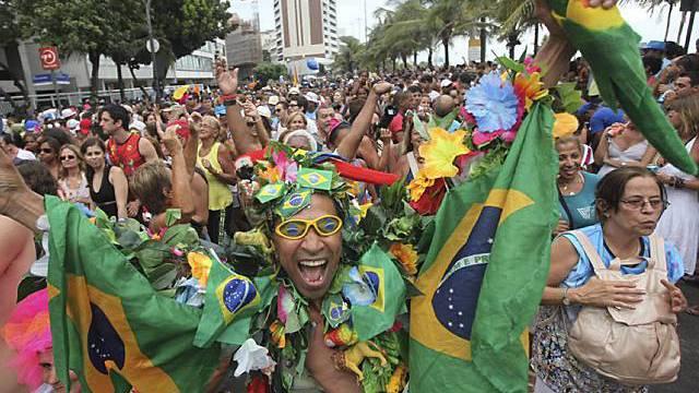 Safer Sex beim Karneval in Rio: Regierung verteilt Kondome