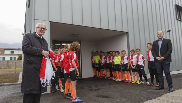 Eröffnung des  neuen Garderobenpavillons des FC Solothurn