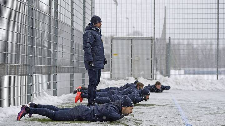 So trainiert der FCZ im Winter.