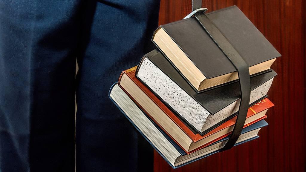 2037 hat jeder Zweite einen Hochschul-Abschluss