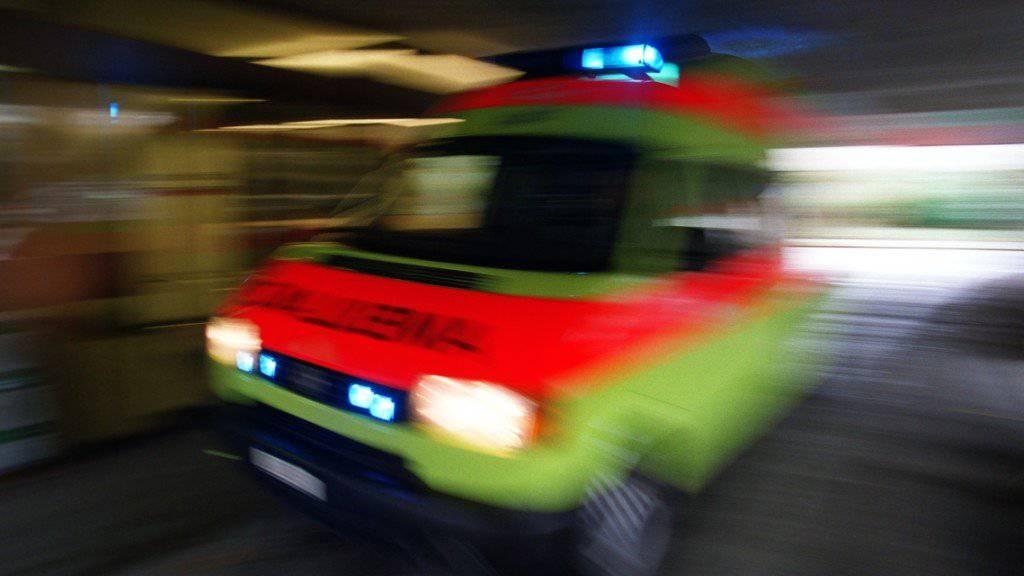 Die Schwerverletzten wurden per Ambulanz und Helikopter vom Unfallort im deutschen Schopfheim in umliegende Spitäler gebracht.