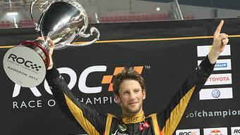 Romain Grosjean in Jubelpose.