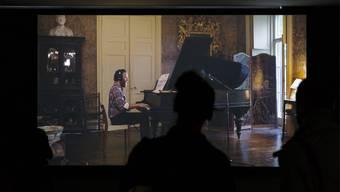 Ragnar Kjartansson Ausstellung im Migros Museum für gegenwartskunst