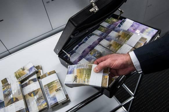 Das ist das höchste Durchschnittsvermögen weltweit. Platz zwei folgt weit dahinter wieder mit Australien und379'000 Franken.
