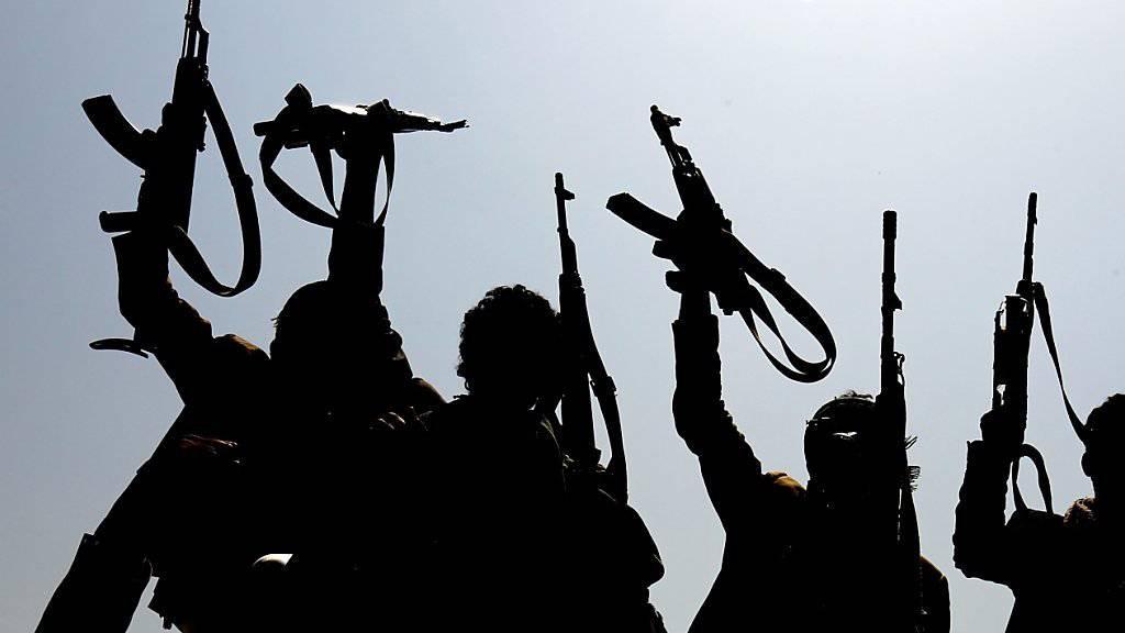 Sollen vom Iran unterstützt werden: Huthi-Kämpfer im Jemen. (Archivbild)