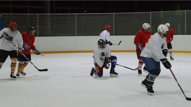Die Kunsteisbahn Rheinfelden ist eine attraktive Sportstätte, wo auch viele spannende Eishockeyspiele durchgeführt werden. – Foto: ach