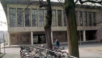 An der Universität Basel entwickeln Medizintechniker einen minimal invasiven Knochenschneider. (Archiv)