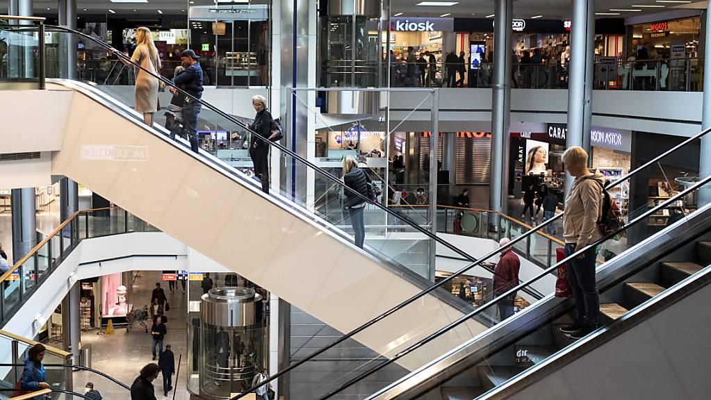 Viele Konsumenten wollen laut Studie ihre Einkaufsgewohnheiten ändern. (Archiv)
