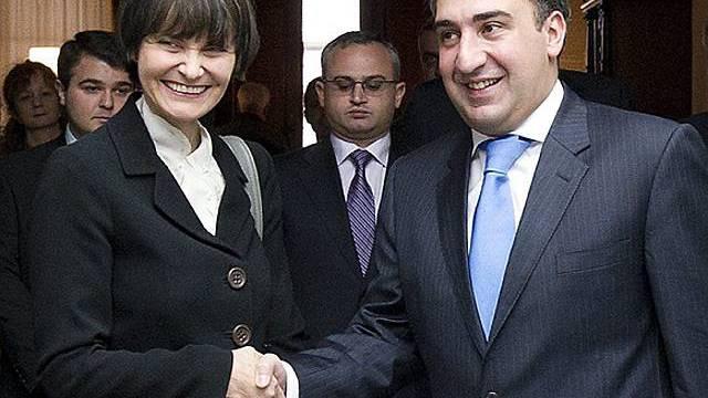Micheline Calmy-Rey und der georgische Premier Nika Gilauri in Bern