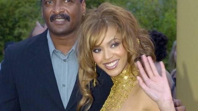 Beyoncé mit ihrem Vater Matthew Knowles (Archiv)